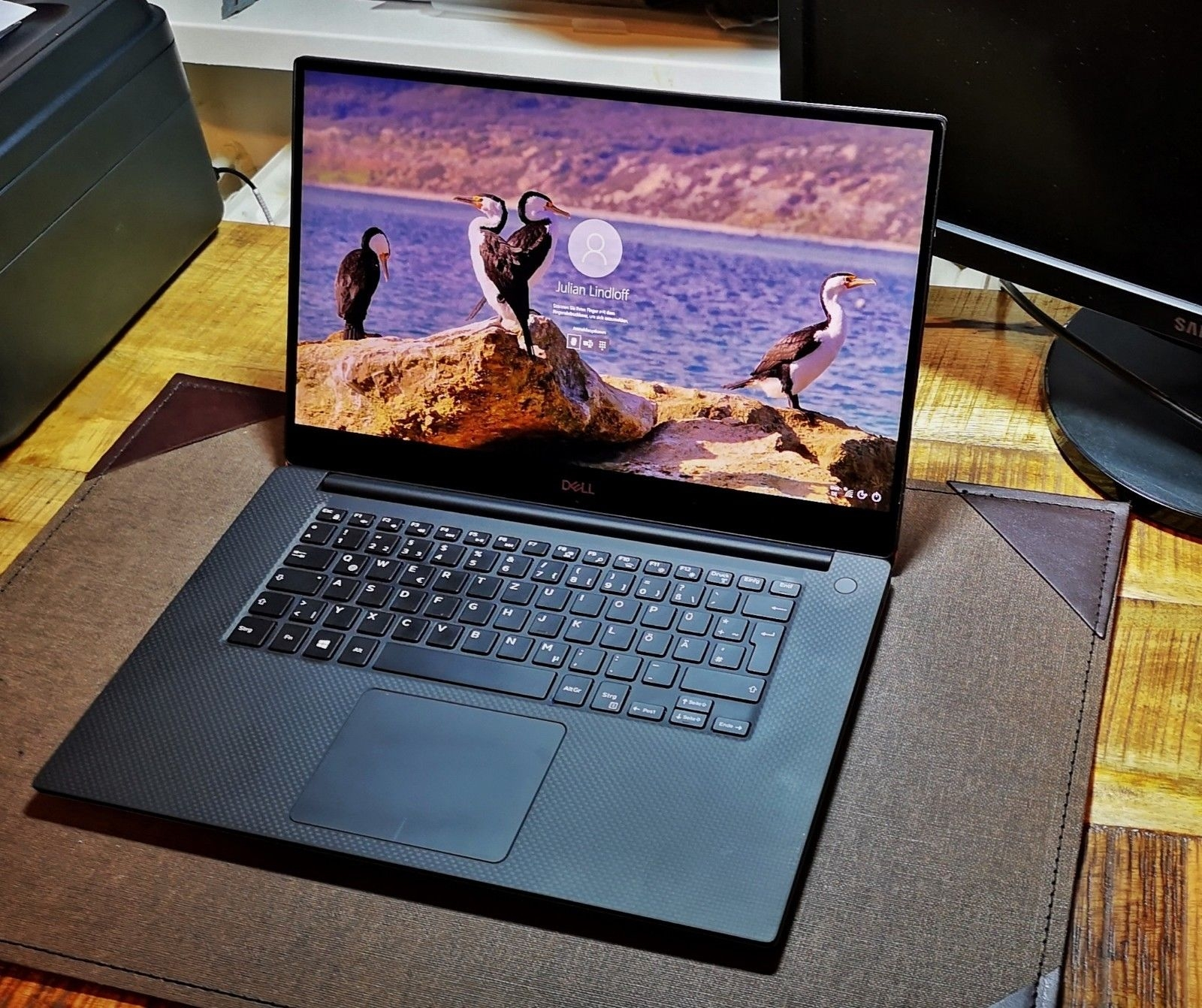 Dell XPS 15 9570 IPS Laptop