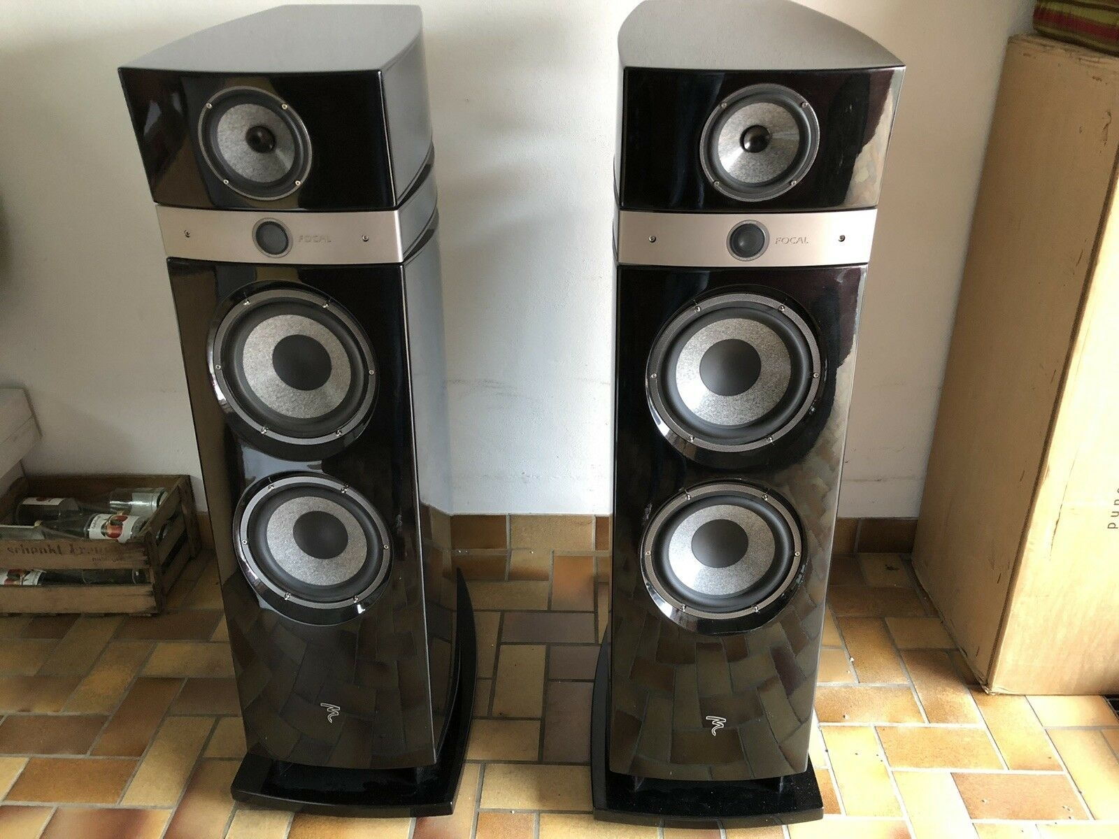 Focal Maestro Utopia High End Standlautsprecher in schwarz
